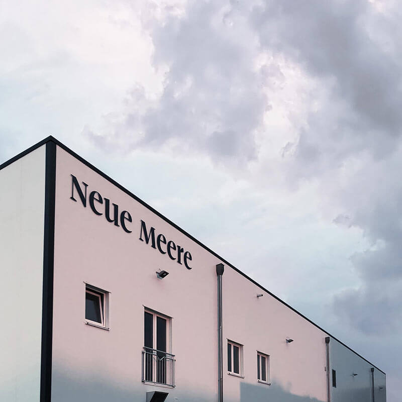 m2hs_neue-meere_halle_1x1